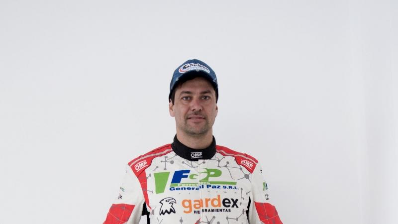 Actividad doble para Mauro Schenone