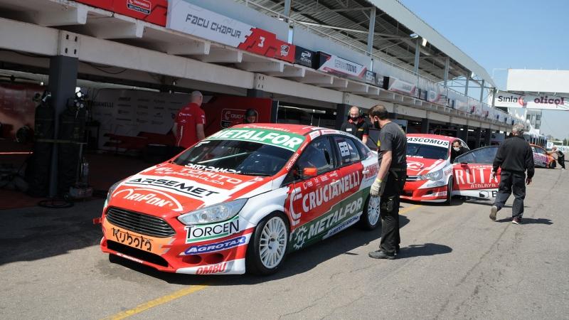 Acción en el Autódromo Oscar Cabalén