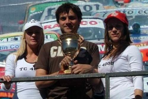 Joel Borgobello prepara su debut en C-2, con un Peugeot 206