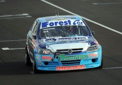 Juan Pipkin contará con motores de Sergio Torres