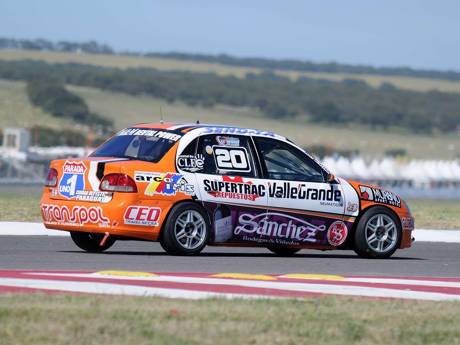 JCB Motorsport alquila Chevrolet Corsa