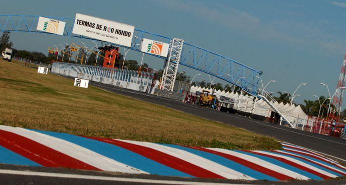 Puesta a punto en el autódromo de Río Hondo