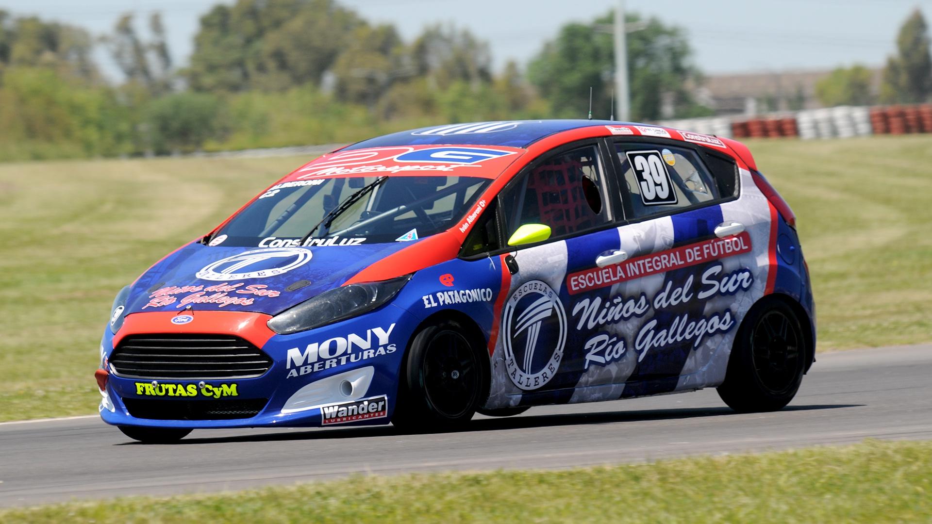 Ivan Alberoni vende Ford Fiesta Kinetic